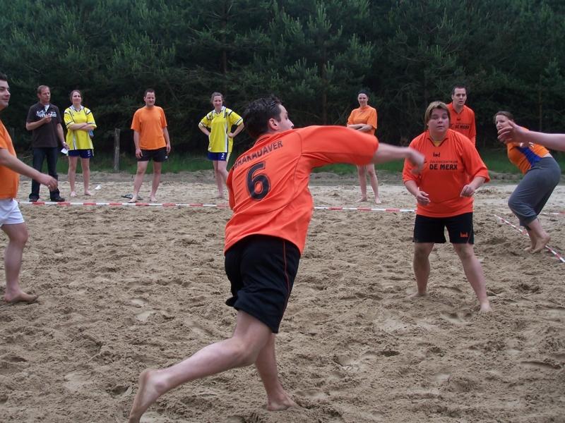 beachhandbal 1 juni 2008 002