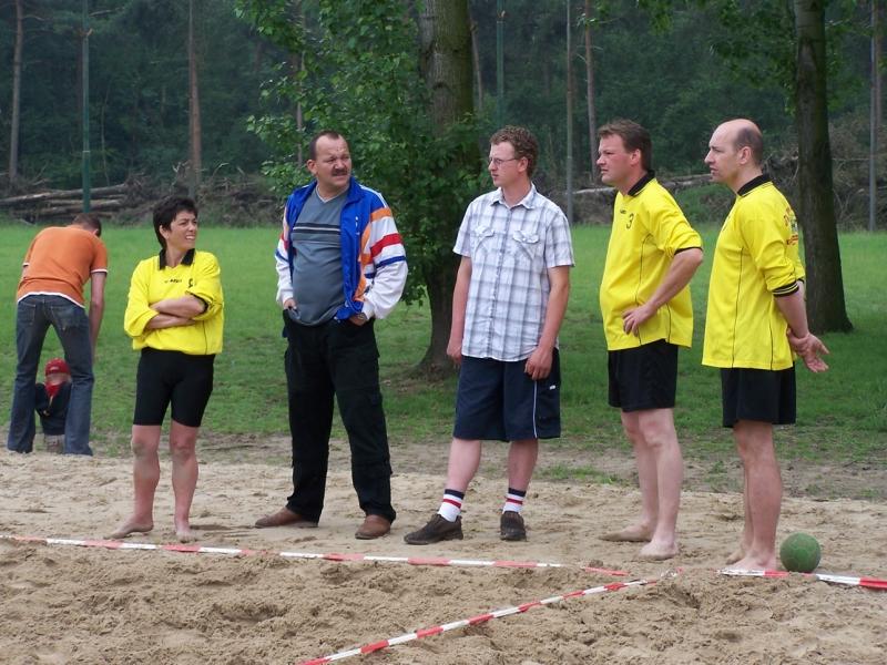 beachhandbal 1 juni 2008 021