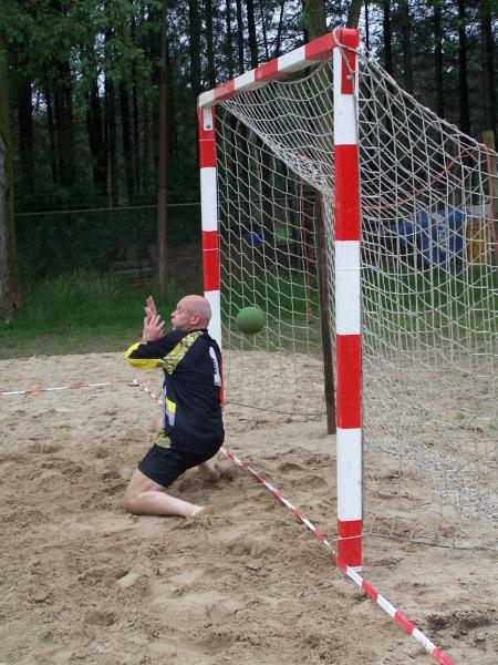 beachhandbal 1 juni 2008 024