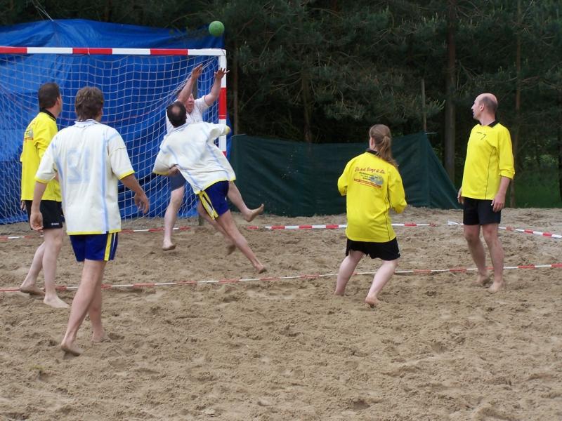 beachhandbal 1 juni 2008 047
