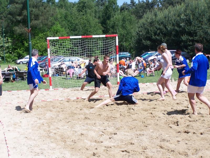 beachhandbal 24 mei 2009 002